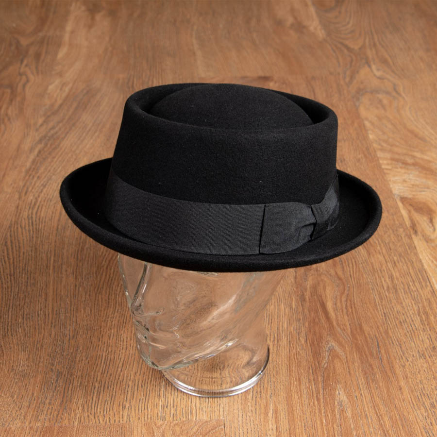 1937 Hobbs Hat (svart Pork Pie-hatt från Pike Brothers)
